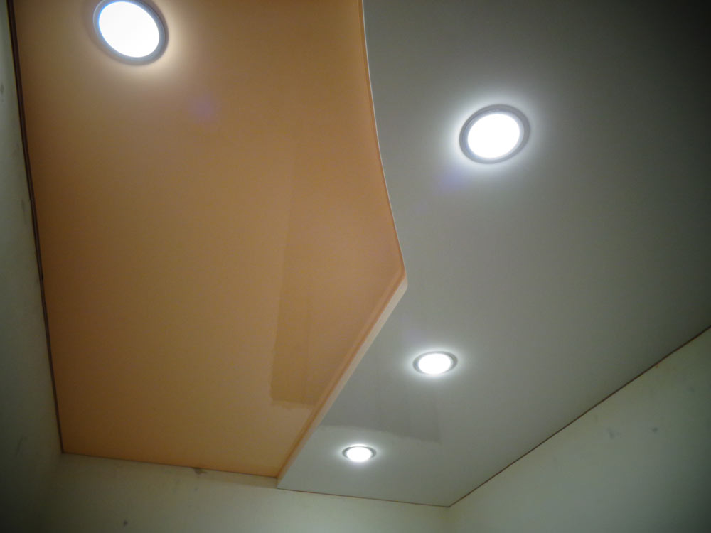 двухуровневые натяжные потолки фото